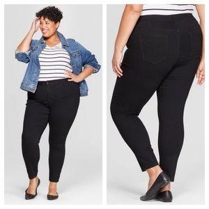 ➕ Ava & Viv Black Jegging Skinny Jeans